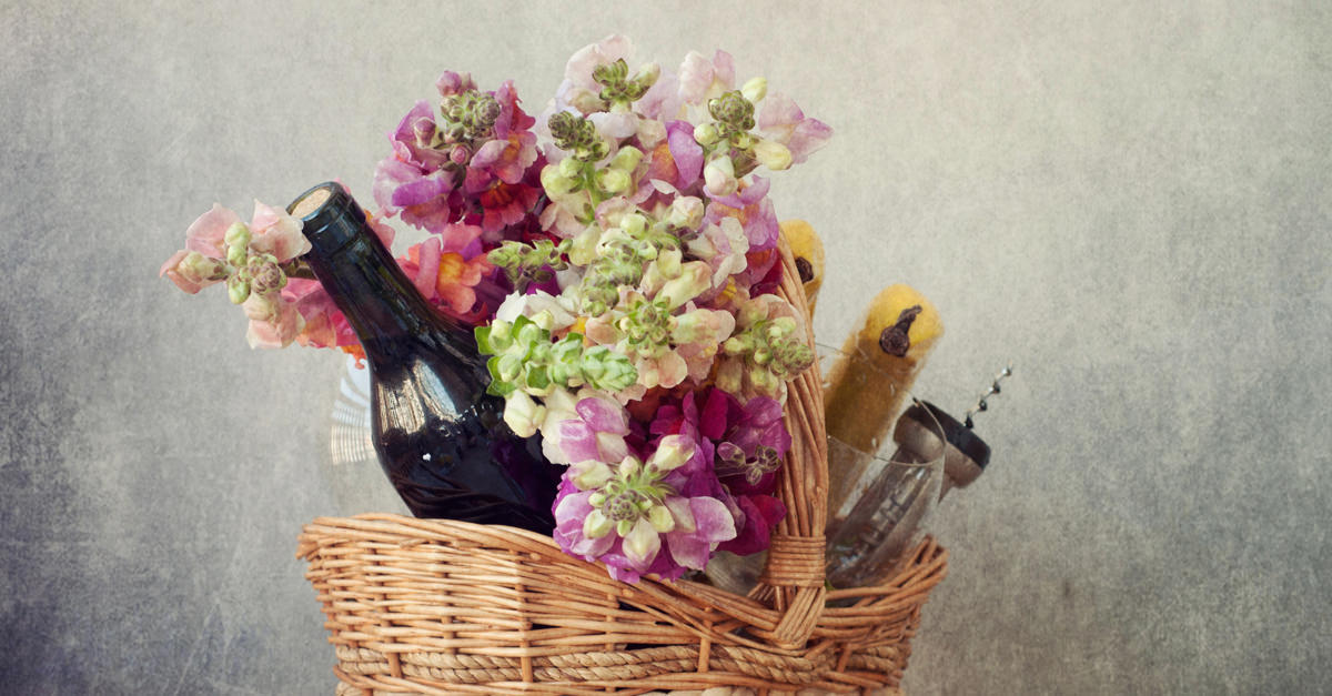 wine-flowers-social