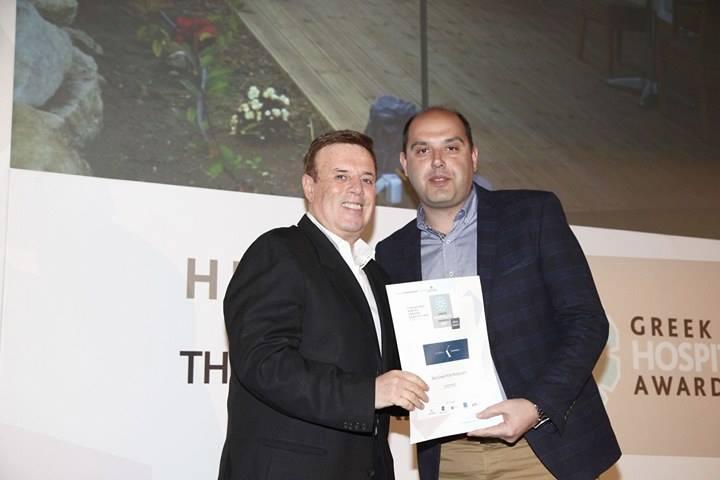 Ο κ.Τζικόπουλος Κωνσταντίνος, γενικός διευθυντής του Kappa Resort κατά την τελετή απονομής